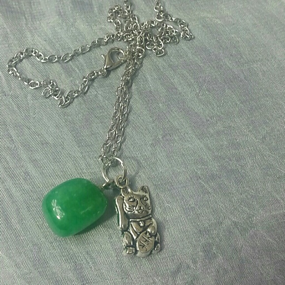 Jade stone w Chinese lucky cat necklace BONUS Boutique